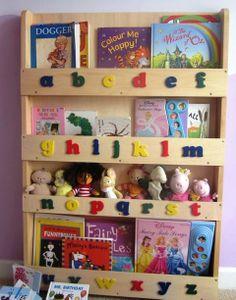 Des bibliothèques enfants en bois naturel, sans solvant toxique, qui laissent apparaître le grain du bois ! Un produit écologique et unique, qui encourage les enfants à lire grâce à la présentation des livres de face. Garanties 5 ans