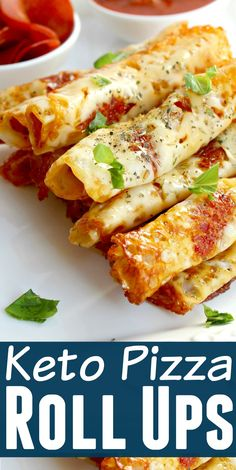 Keto Pizza Roll Ups - You won't believe how easy these keto pizza roll ups are to make. Whip up a batch and have them as a snack or serve them as a low carb appetizer! Recipes pizza Keto Pizza Roll Ups Low Carb Chicken Recipes, Healthy Low Carb Recipes, Diet Recipes, Pizza Recipes, Recipes Dinner, Skillet Recipes, Healthy Dishes, Casserole Recipes, Seafood Recipes