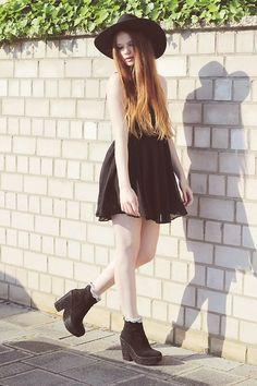 Sugarlips Via Finders And Keepers Dress, Deena&Ozzy  Glitter Heels