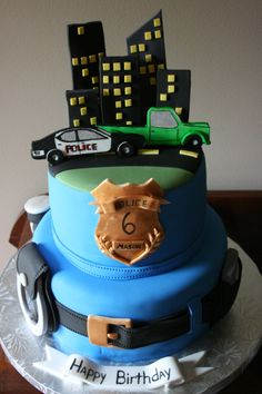 Police officer cake Police Birthday Cakes, Police Cakes, Themed Birthday Cakes, Themed Cakes, Birthday Parties, Police Party, Retirement Cakes, Cake Images, Cakes For Boys