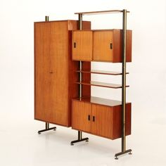 libreria Italiana anni 60 a 2 moduli,bookcase,vintage design, teak Wall Desk, Vintage Walls, Vintage Designs, Teak, 1960s, Bookcase, The Unit, Wall Units, Cabinet