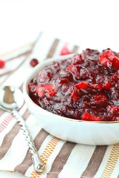 Easy Cinnamon Apple Cranberry Sauce