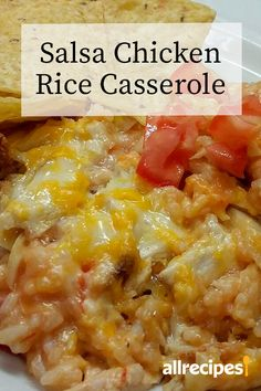 Salsa Chicken Rice Casserole I was looking for a quick dinner with the ingredients I had on hand and this far exceeded my expectations Mexican Food Recipes, New Recipes, Cooking Recipes, Dinner Recipes, Favorite Recipes, Meat Dinner Ideas, Recipies, Easy Casserole Recipes, Casserole Dishes