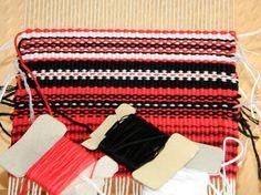 Telaradas: Rojo, blanco y negro
