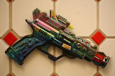 Ray Gun   Vintage and Retro Space Age Raygun, Rocket and Robot Toys   Sugary.Sweet   #SpaceAge #Toy #RayGun #SciFi