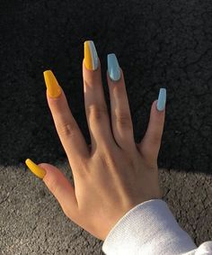 I like acrylic nails. Cuffin Nails, Dope Nails, Hair And Nails, Best Acrylic Nails, Acrylic Nail Art, Acrylic Nail Designs, Two Color Nails, Nail Colors, Mix Match Nails