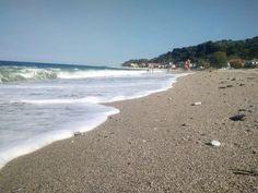 Chorefto coastline in Pelion mountain, Greece. #waves #sunnyday #beach