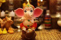Cutie Ganpat i Jai Ganesh, Ganesh Lord, Ganesh Idol, Ganesh Statue, Ganesha Drawing, Lord Ganesha Paintings, Krishna Painting, Clay Ganesha, Ganesha Art