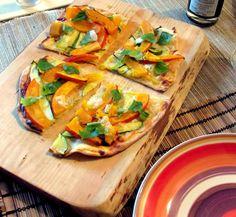 we love veggie: Flammkuchen mit Kürbis - wie Pizza nur anders.. Food Blogs, Vegan, Fresh Rolls, Veggies, Pizza, Healthy Recipes, Ethnic Recipes, Vegetarian Chili, Eat Clean Lunches