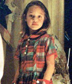 Childhood Pictures of Celebrities Actors Actress: Angelina . Angelina Jolie Movies, Angelina Jolie Pictures, Brad And Angelina, Divas, Jolie Pitt, Natalie Portman, Brad Pitt, Celebrity Pictures, Most Beautiful Women