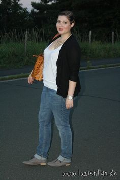 18.08.12 - wearing: Primark cardigan, ASOS top, s.Oliver Casual jeans, Deichmann oxfords, MCM bag, Primark necklace, Michael Kors watch, Spinning Jewelry ring