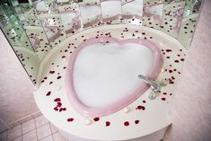 14 Heart Shaped Tubs Ideas In 2021 Poconos Romantic Getaway Pocono Mountains