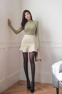 sexy asian girls Fashion trends and outfits Fashion Models, Girl Fashion, Fashion Outfits, Womens Fashion, Fashion Trends, Mode Kpop, Looks Chic, Beautiful Asian Women, Korean Outfits