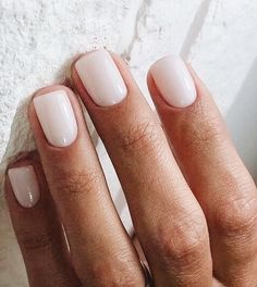 7 Reasons Milk Bottle Manicure Is The New Trend Milk bottle manicure is the new trend. Discover why. The post 7 Reasons Milk Bottle Manicure Is The New Trend appeared first on Berable. 7 Reasons Milk Bottle Manicure Is The New Trend White Gel Nails, Neutral Nails, Nude Nails, Acrylic Nails, Acrylic Nail Designs, White Manicure, White Short Nails, Simple Gel Nails, Blush Nails