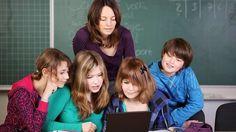 Si quieres comunicarte con tus alumnos y alumnas de una manera más efectiva, lee este artículo.