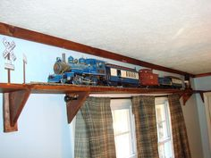 Train to go around the room or above window