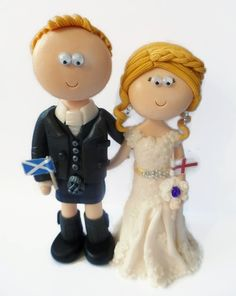 Scottish Groom & English Bride wedding cake topper. All figurines are handmade from scratch & totally personalised to look like the people getting married. I send my work anywhere in the World. #scottishwedding #kilt #weddings #kilts