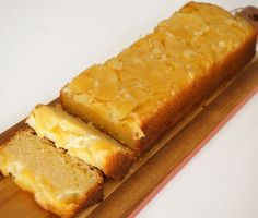 Pineapple upside-down cake Bake My Cake, Pie Cake, Custard Cake, Pineapple Upside Down Cake, No Bake Pies, Piece Of Cakes, Cakes And More, Hot Dog Buns, Baked Goods