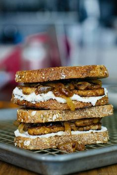maple tempeh sandwiches with cashew cheese and caramelized onions ...