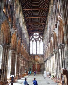 El interior de la #catedral de #Glasgow te hace sentirte definitivamente muy pequeñito seas o no creyente #Iglesia #Church #Cathedral  #Escocia #Scotland #UK #OMG #Religion