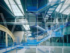 Bernard Tschumi Architects, La Fresnoy Art Center