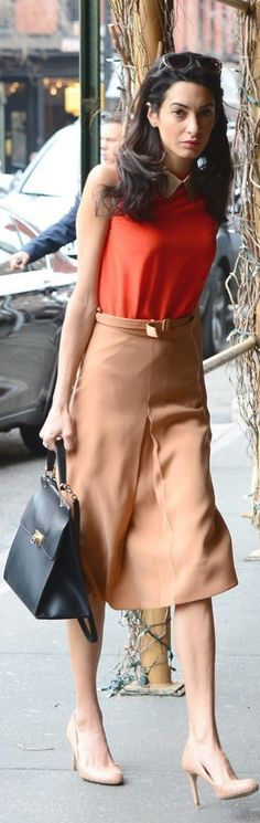 Who made Amal Clooney's orange collar top, black leather handbag, and tan pleated skirt? Office Fashion, Work Fashion, Curvy Fashion, Mode Outfits, Fashion Outfits, Womens Fashion, Looks Style, My Style, Amal Clooney