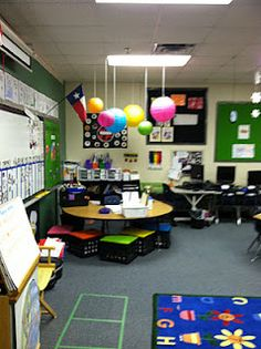 Delighful Teacher Desk In Classroom Have More Of A R Intended Ideas