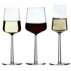 Iittala Essence, white, red and champagne glasses Fancy Wine Glasses, Champagne Glasses, Wine Descriptions, Water Into Wine, Garden Wedding Inspiration, Love Design, Modern Design, Non Alcoholic Drinks, Sparkling Wine