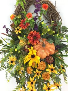 Items similar to Fall Oval Wreath with Basket, Fall Front Door Wreath with Pumpkin, Fall Wreath with Black-eyed Susan, Autumn Wreath, Autumn Basket Wreath on Etsy Autumn Wreaths For Front Door, Holiday Wreaths, Door Wreaths, Grapevine Wreath, Holiday Decor, Flat Picture, Black Eyed Susan, Fall Crafts, Twig Crafts