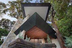 Check out this Frank Lloyd Wright-Inspired Home in Los Angeles