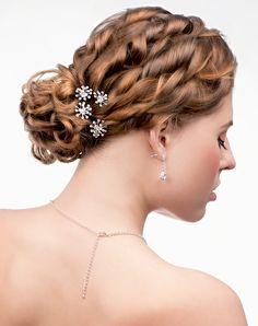 Os coques podem ser considerados os queridinhos das mulheres cabelos