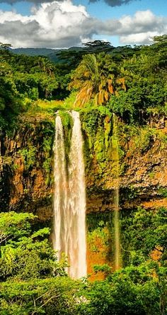 ☀ Chamarel Waterfall | Mauritius ☀    (darn that work thing, getting in the way of my vacation!)