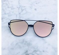 Rose gold on black mirrored sunglasses Ros gold mirrored sunglasses 100% UV protection