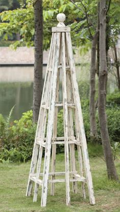 Trellis Pyramid.  Love this!