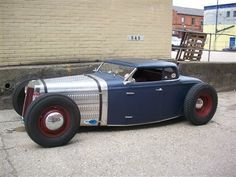 clean chopped A bomb hdtp roadster-hot rod, muscle cars, rat rods and girls