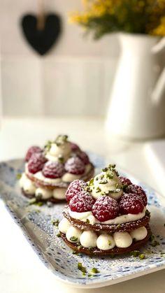 Gourmet Desserts, Sweets Recipes, Gourmet Recipes, Baking Recipes, Elegant Desserts, Fancy Desserts, Finger Desserts, How Sweet Eats, Miniature Food