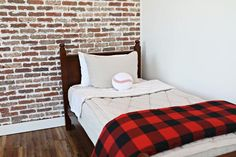 We are so excited about this cute and cozy blanket. We think it's the perfect accent piece for any cozy spot as well as the perfect way to snuggle into any cozy space. (Blanket measures x You'll love our Beddy's Blankets! Cute Bedding, Cheap Bedding Sets, Red Bedding, Bedding Sets Online, Large Blankets, Cozy Blankets, Beddys Bedding, King Sheets, Bed Sheets