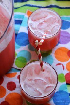 Agua Fresca de Fresa y Limón