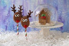 Honey Maid and Peanut Butter Reindeer Pops recipe. Skippy Peanut Butter, Chocolate Peanut Butter Fudge, Peanut Butter Roll, Creamy Peanut Butter, Melting Chocolate, Homemade Christmas Treats, Christmas Desserts, Christmas Crafts, Xmas