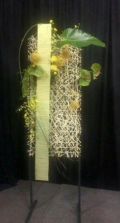 Contemporary Flower Arrangements, Unique Flower Arrangements, Ikebana Flower Arrangement, Deco Floral, Arte Floral, Floral Design, Flower Frame, Flower Wall, Leaf Art