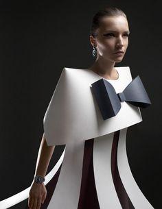 Paper Sculpture Fashion by Zaharova and Plotnikov