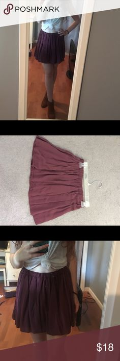 Brandy Melville maroon skater skirt Super cute brandy Melville skirt! Maroon color with an elastic waistband so it's very roomy Brandy Melville Skirts Circle & Skater