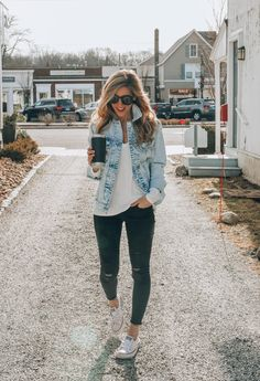 37 most stylish spring women outfits ideas 2019 women outfit Casual Fall Outfits, Fall Winter Outfits, Trendy Outfits, Winter Wear, Casual Wear, Mode Outfits, Fashion Outfits, Womens Fashion, Fashion 2018