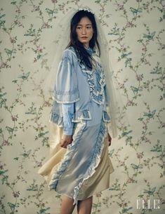 Sera Park for Elle Korea Bride March 2016 Quirky Fashion, Korean Fashion, Boho Fashion, Womens Fashion, Fashion Design, Fashion 2017, Fashion Show, Princess Charming, Dress Up Boxes