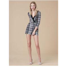 Diane von Furstenberg Banded Romper ($398) ❤ liked on Polyvore featuring jumpsuits, rompers, darnley black, diane von furstenberg romper, silk jumpsuit, playsuit jumpsuit, romper jumpsuit and wrap jumpsuits