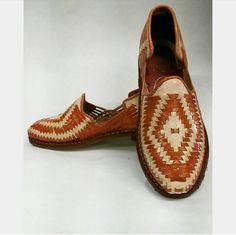 bfc02c95e5ab Mexican Huaraches- Calzado de Cuero Confeccionado y Pintado a Mano - Para  El - de