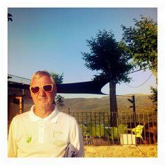Johan Cruyff (Woodys  Barcelona sunglasses )