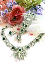 Million Dollar Baby Emerald Green Huge Hobe Vintage Necklace Earrings Bracelet