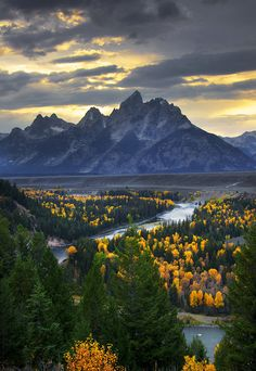 Overlook Snake River Overlook, Grand Teton National Park, USA ❥ڿڰۣ--