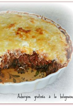 Aubergine au gratin with Bolognese (for 1 pers) – Chez Vanda Veggie Appetizers, Chez Vanda, Batch Cooking, Love Food, Main Dishes, Vegetarian Recipes, Deserts, Food And Drink, Veggies